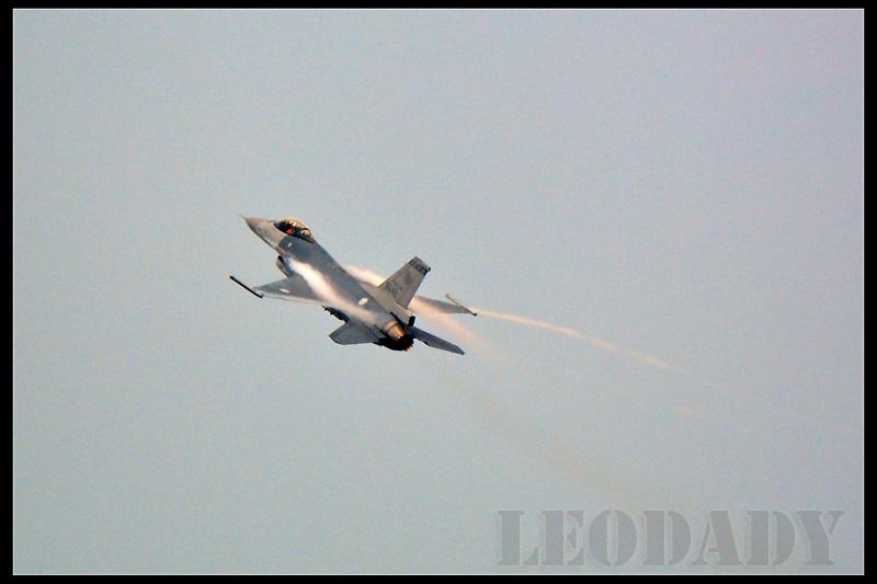 RCAF_6642_03.jpg