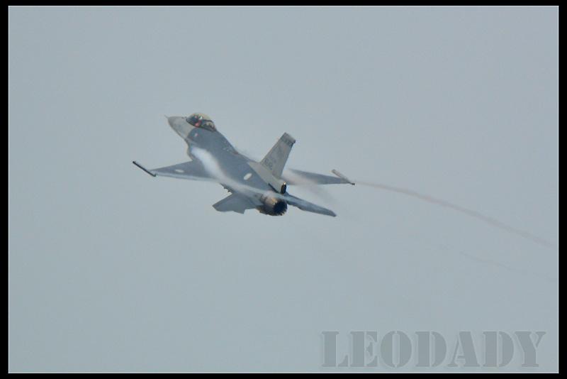 RCAF_6642_05.jpg
