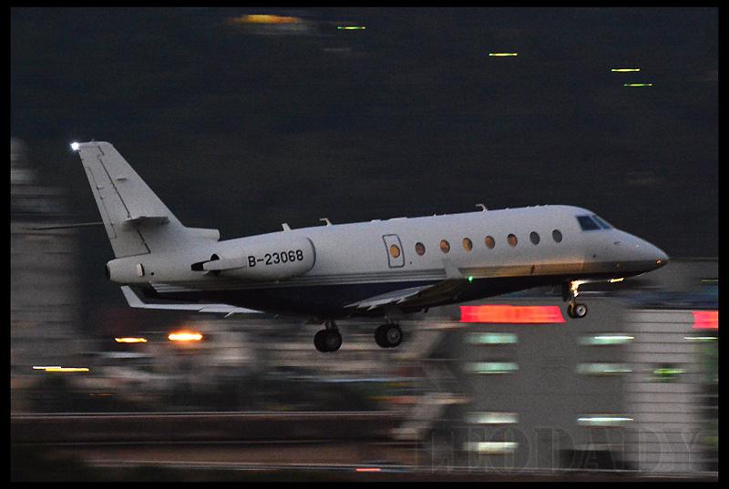 Avanti_B-23068_TSA_05.jpg
