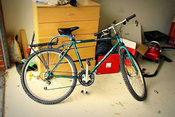 25102011 bike.jpg