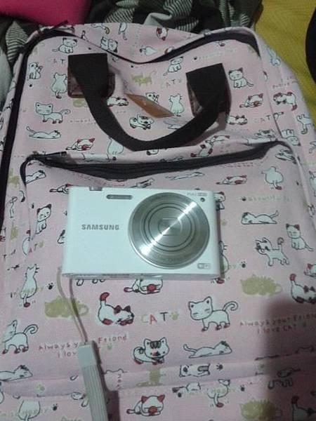 生日謝謝你送給我的相機還有包包