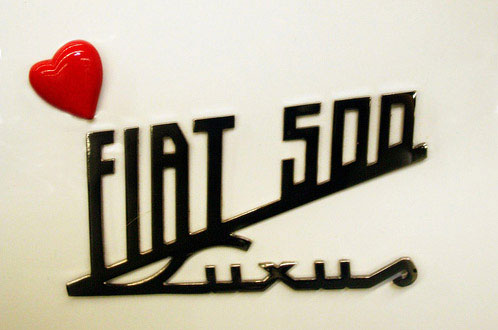 「FIAT 500 logo」的圖片搜尋結果
