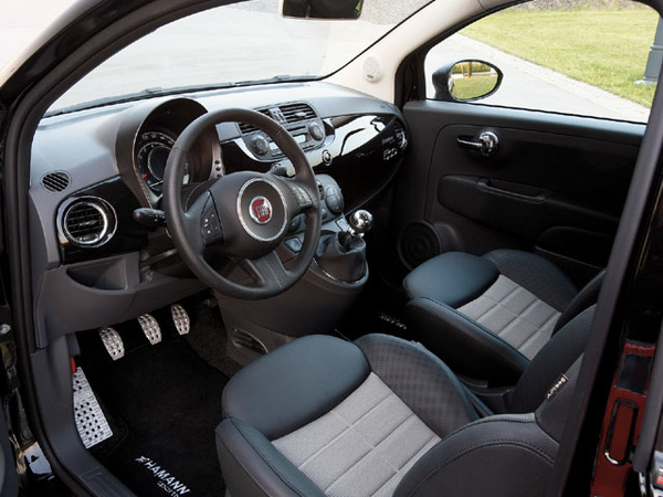 epcp_0810_18_z+hamann_fiat_500_abarth_695+hamann_custom_interior.jpg