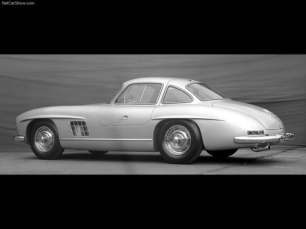 Mercedes-Benz-300_SL_Gullwing_1954_800x600_wallpaper_08.jpg