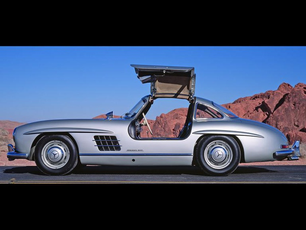 Mercedes-Benz-300-SL-Coupe-Side-DO-1920x1440.jpg