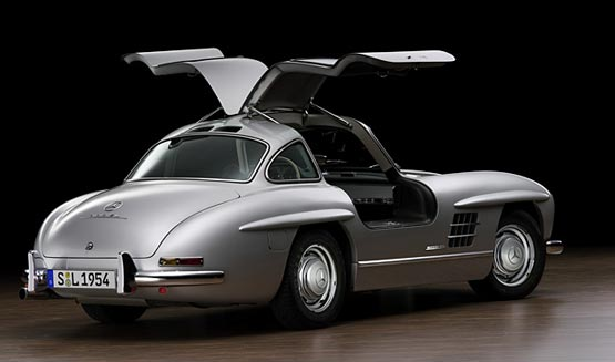gullwing_300sl_replica_04_s.jpg