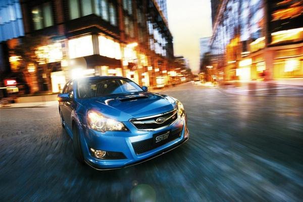 Subaru-Legacy-b4-25gt-ts-main-690x460.jpg