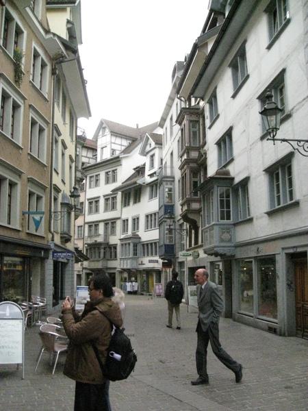 聖假倫純白的街景
