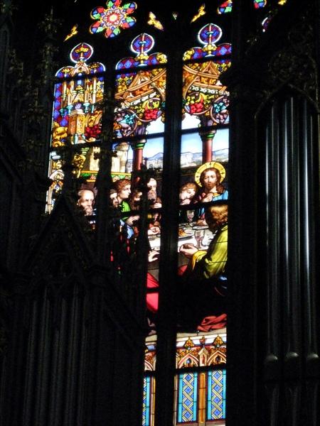 完美的彩飾窗玻璃