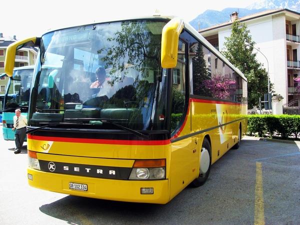 ZRH11090416A 737.jpg