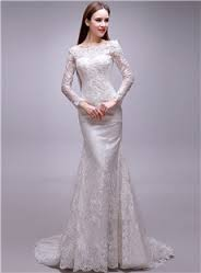Long-sleeved lace retro wedding gown