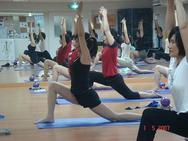 瑜珈運動照片.JPG