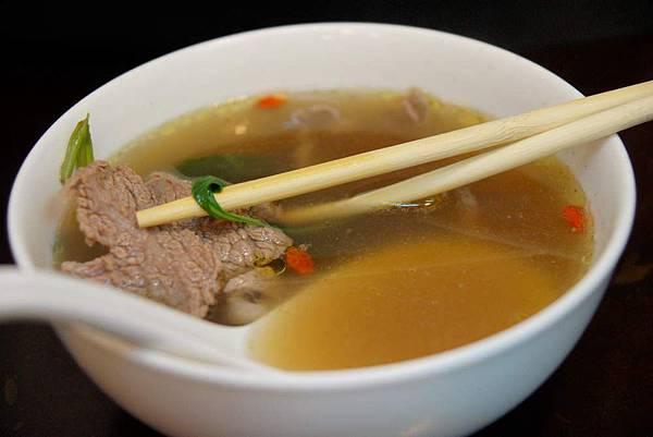 五香牛肉湯.JPG