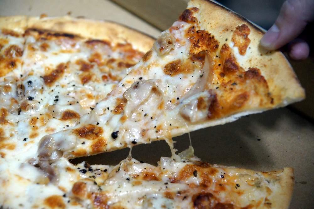 波波窯烤披薩2.JPG