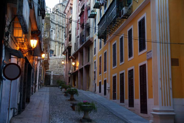 黃色戀愛巷