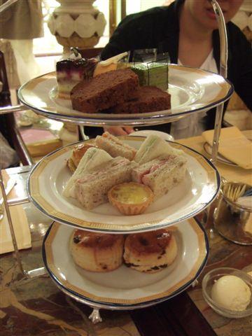 半島酒店下午茶4-兩人份的下午茶.JPG