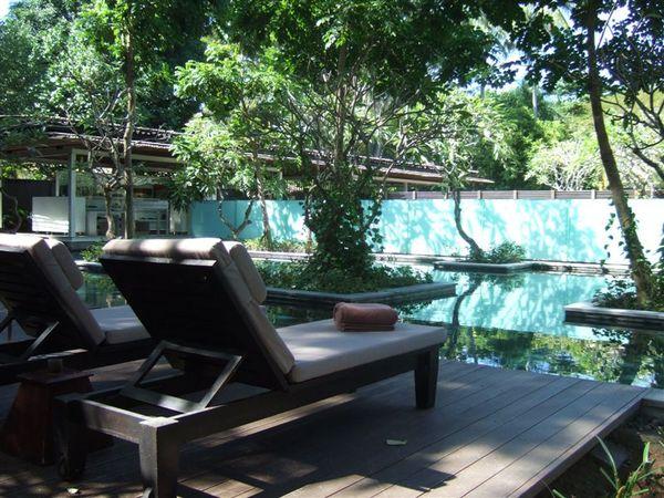 飯店景觀-公共泳池 (2).JPG