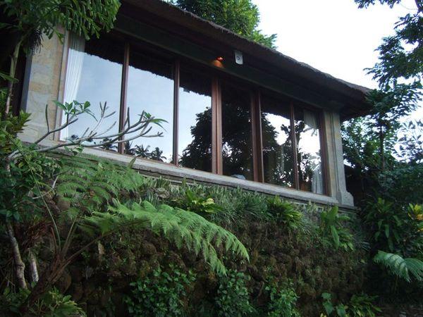 這就是我們的villa.JPG