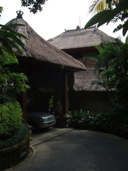 飯店入口.JPG