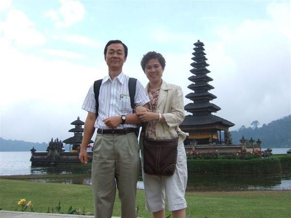 Day4-女神廟 -老爹和老娘.JPG