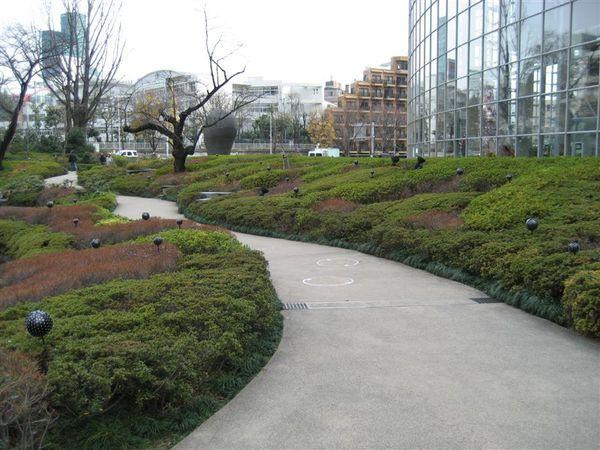 六本木 -毛利庭園 (5).JPG