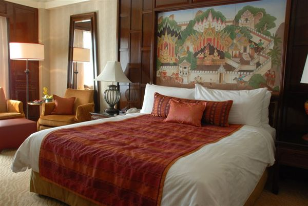 房間1-舒服的大床.JPG