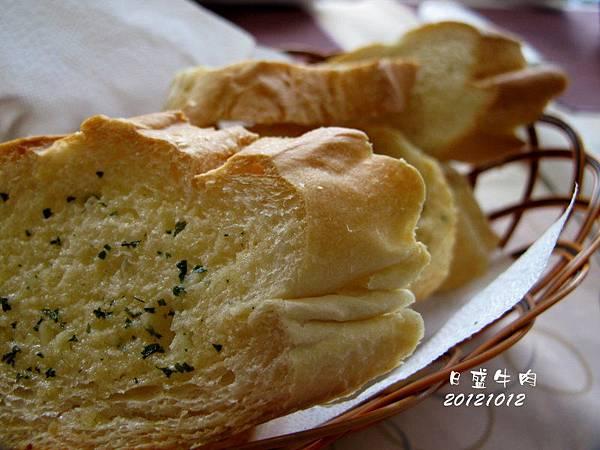日盛牛肉.僑園吃到飽 2012-10-12 011