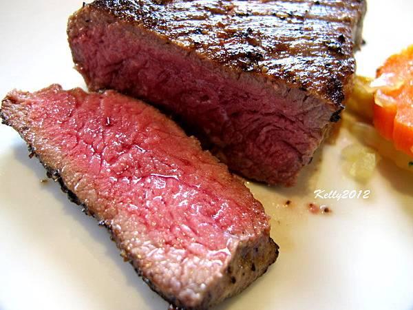 日盛牛肉.僑園吃到飽 2012-10-12 030