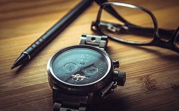 clock-1461689_640.jpg