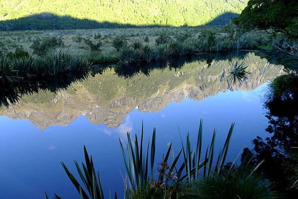 08-Mirror Lake