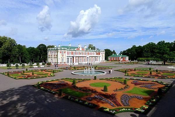 Estonian_23_Kadriorg Palace.JPG