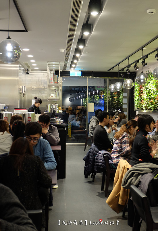 瓦法奇朵台北車站35