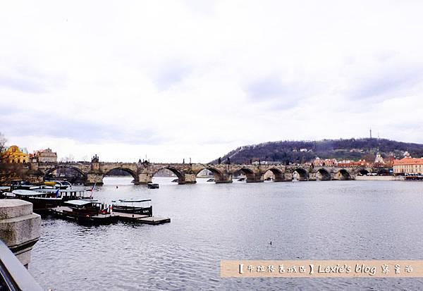 布拉格舊城區天文鐘3.jpg