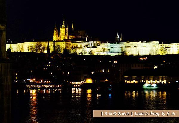 布拉格舊城區天文鐘7.jpg