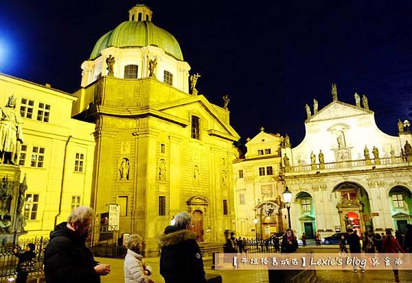 布拉格舊城區天文鐘6.jpg