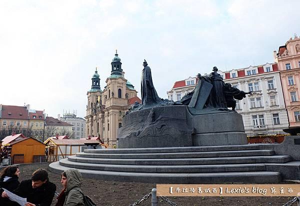 布拉格舊城區天文鐘17.jpg