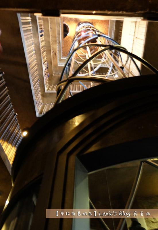 布拉格舊城區天文鐘38.jpg