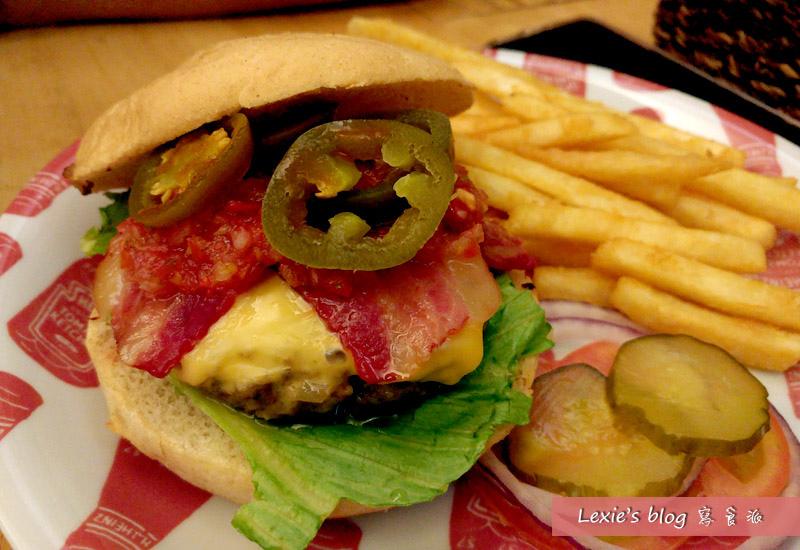華艾芙漢堡4.jpg