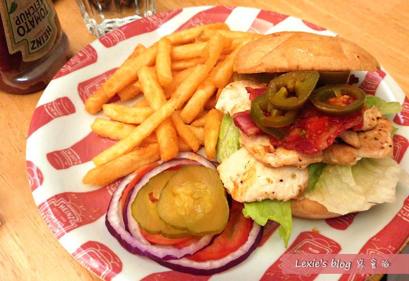華艾芙漢堡1.jpg