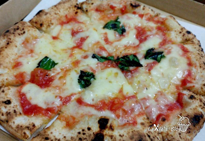 萬華cura-pzza1.jpg