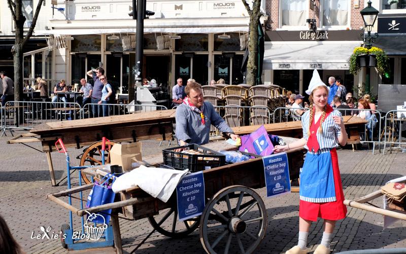 阿克瑪乳酪市集Alkmaar-cheese-market12.jpg