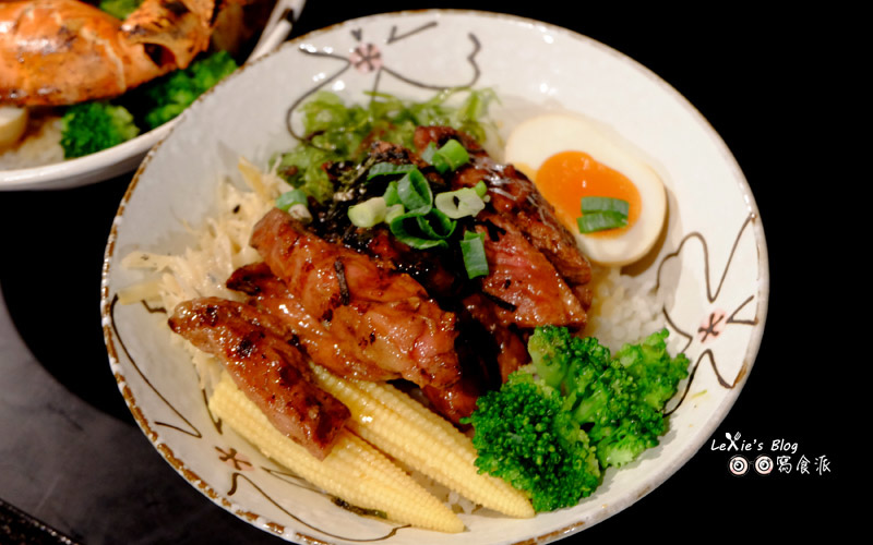 極幻燒肉丼飯21.jpg
