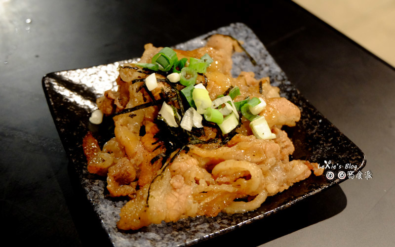 極幻燒肉丼飯26.jpg