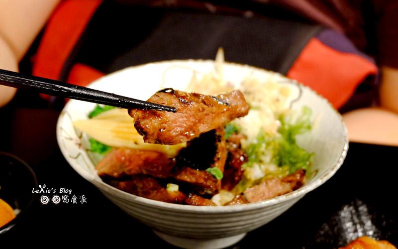 極幻燒肉丼飯30.jpg