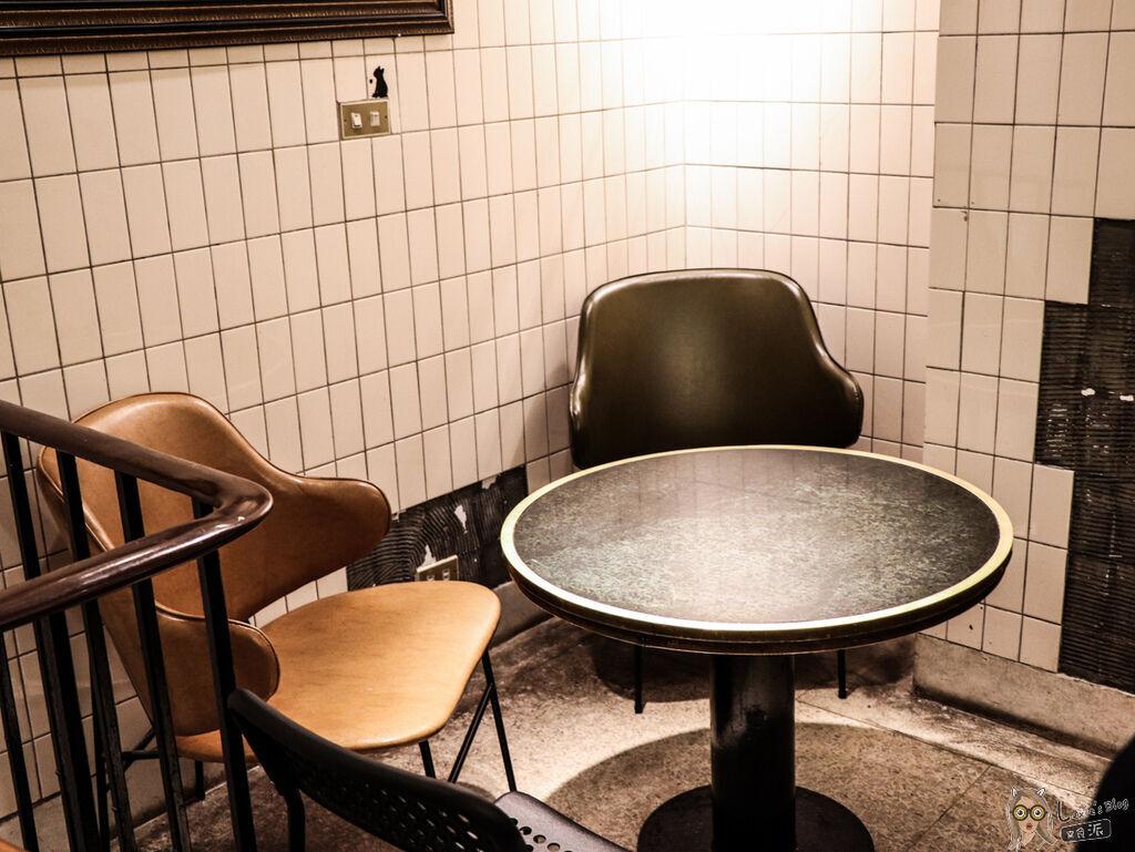 fly%5Cs Kitchen (11 - 18).jpg