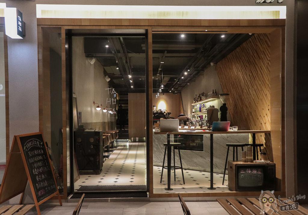 TAHOJA咖啡餐酒台北車站京站.jpg