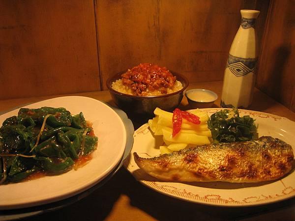 太平山過年的菜餚-亮儒