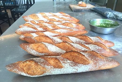 新鮮手作法式麵包3_02.jpg