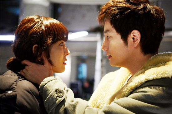 2010_SBS_KOREA_DRAMA_검사 프린세스_檢察官公主_劇照_0421_01_kiss.jpg