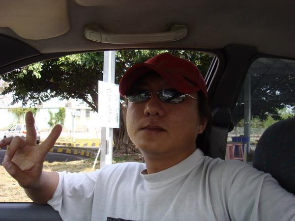 台中駕訓班班帥哥美女 (12).JPG